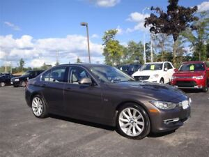 2013 BMW 328XI NAVIGATION / SUNROOF