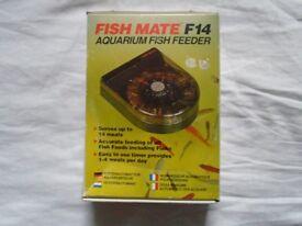 For sale fish mate F14 automatic feeder for fish tank / aquarium