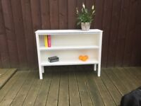 Well made,sturdy shelves