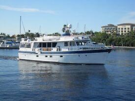 Gentlemen's Luxury Yacht