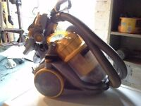 Dyson vacuum in excellent condition