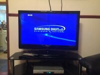 43 inch samsung flatscreen tv and stand