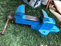 RECORD NO 24 VICE VISE LARGR HEAVY ENGINEERS BLUE RESTORED QUICK REALISE