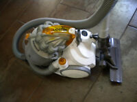 "Gorgeous ""White"" Dyson DC08 vacuum cleaner fully serviced and very powerful"