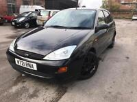 2000 plate - Ford Focus Lx - Petrol - 5 Doors - alloy wheels - leather seat cover - bargain