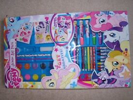 My little pony colouring set brand new