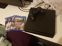Playstation 4 slim Fifa 18 and CoD WW2