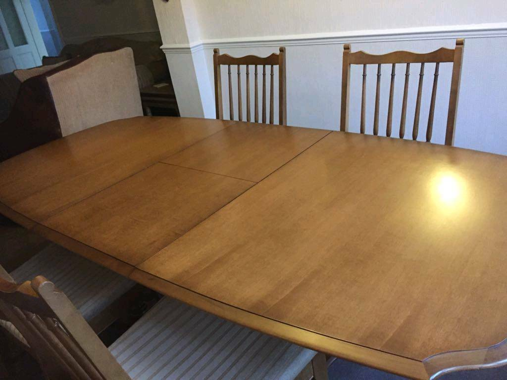 Dining Table An Four Chairs