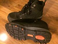 Safety boots 8 UK
