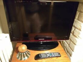 Samsung 26'' LCD TV + Remote