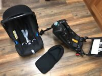 Britax Romer Babysafe Car Seat with Iso fix Base