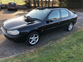 Ford Mondeo Zetec May MOT no advisories. Full history. One former. Very clean car. Great value.