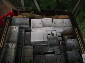 JOB LOT OF UNUSED ELECTRICAL METAL AND PLASTIC BOXES FOR WALL FITTINGS