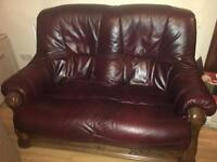 Sofa / couch / settee 1x 2 seater 1 x 3 seater leather
