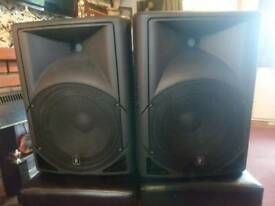 QTX karaoke, gigs and dj speakers