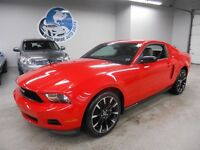 2012 Ford Mustang V6 COUPE LOADED! 6 SPEED! FINANCING AVAILABLE