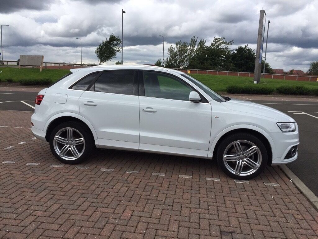Immaculate Condition White Audi Q3 S Line Tdi Quattro 13100 Miles On Clock Registered 01 09 14