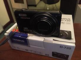 Olympus D-720 14MP digital camera