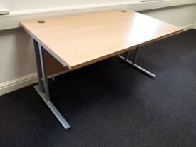 6 OFFICE DESKS | £30 EACH | COLLECTION S10