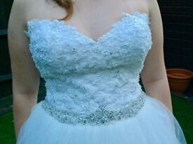 Wedding Dress Fits size 12-14