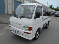 1997 Daihatsu Hijet 4X4 5 SPD - FINANCING AVAILABLE
