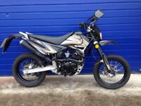 2016 SINNIS APACHE 125cc SUPERMOTO , HPI CLEAR , LOW MILES , GOOD CONDITION
