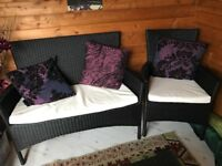 3 Piece patio set, like new. With padded cusions,