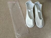Gorgeous NEW Lily White Leather Ballet Shoes Size 6 with Presewn Elastics - only £4.00!
