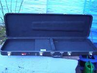 Hard lightweight electric Bass Guitar case (Gator make)