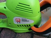Performance Power 550W Hedge Trimmer
