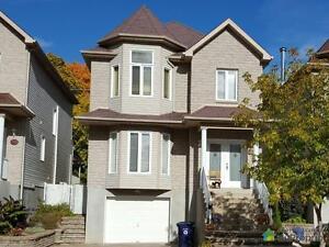 409 000$ - Maison 2 étages à vendre à Ste-Dorothée