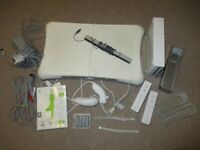 Nintendo Wii White Console Fit Balance Board Bundle Games