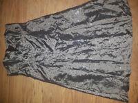 SILVER GREY SEQUIN TAFFETA STRAPLESS DRESS - PLANET - SIZE 16 - £4 - L21