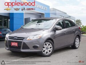 2013 Ford Focus SE FUEL EFFICENT FUN TO DRIVE WITH BLUETOOTH