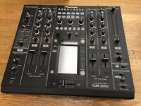 Pioneer DJM 2000 - Used but boxed as new.