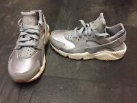 Nike Air Huarache silver/grey Trainers