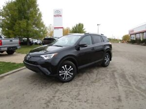 2016 Toyota RAV4 LE LE-UPGRADE TOYOTA CERTIFIED