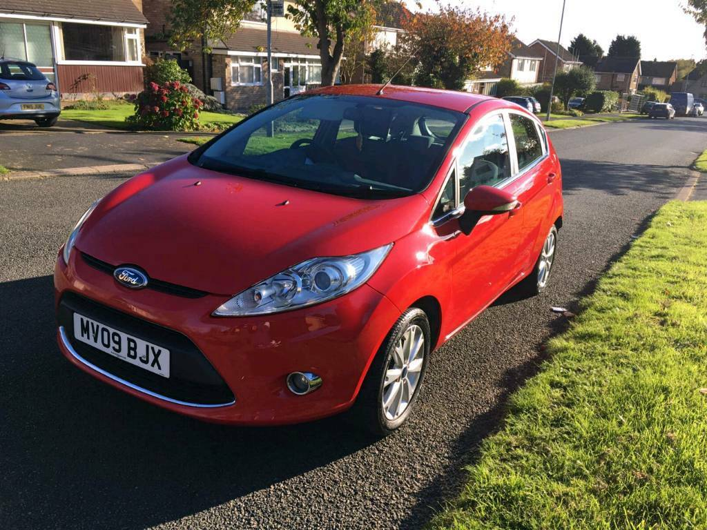 ford fiesta 1 4 zetec 5dr in leicestershire gumtree. Black Bedroom Furniture Sets. Home Design Ideas