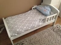 Baby/child bed