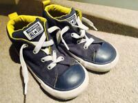 Baby converse navy blue worn once size 9 boy girl