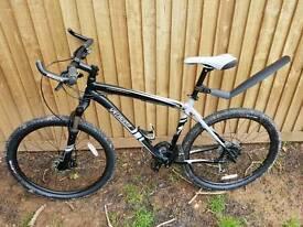 """specialized hardrock mountin bike, 27 speed, hydraulic disc breaks, 26"""" wheels, 19"""" frame"""