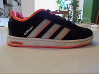 Adidas NEO toddler trainers size 11- nearly new