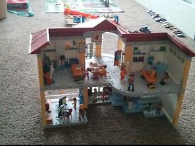 Playmobil school furnished 5923 VGC