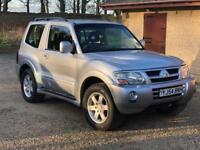 SOLD PENDING COLLECTION Mitsubishi Shogun 2004 3.2 DI-D Warrior Auto 3 Door