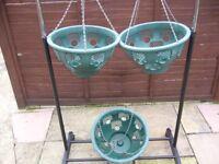 3 plastic hanging baskets