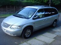 GRAND VOYAGER LIMITED AUTO, FULL GREY LEATHER, SERVICE HISTORY, 2 FORMER OWNERS. 2 KEYS, NEW EXHAUST