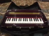 Musical instruments harmonium