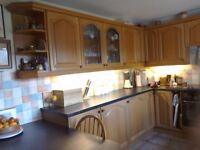 Kitchen fronts - 27 fronts, 4 drawers and decorating trims