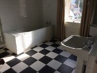White Bathroom Suite : bath , wc, Whb , taps , fittings etc