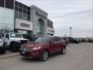 2015 Lincoln MKC AWD, Navi, Pano Roof, ONE OWNER, Clean Carproof